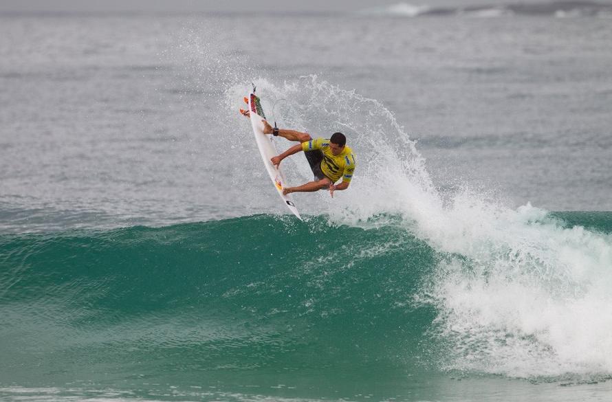 Adriano de Souza no Billabong Rio Pro 2012. Foto: ASP_Dunbar