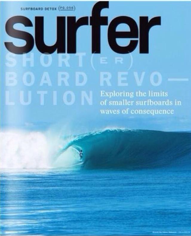 Ricardo dos Santos na capa da revista Surfer Magazine (edição de outubro)