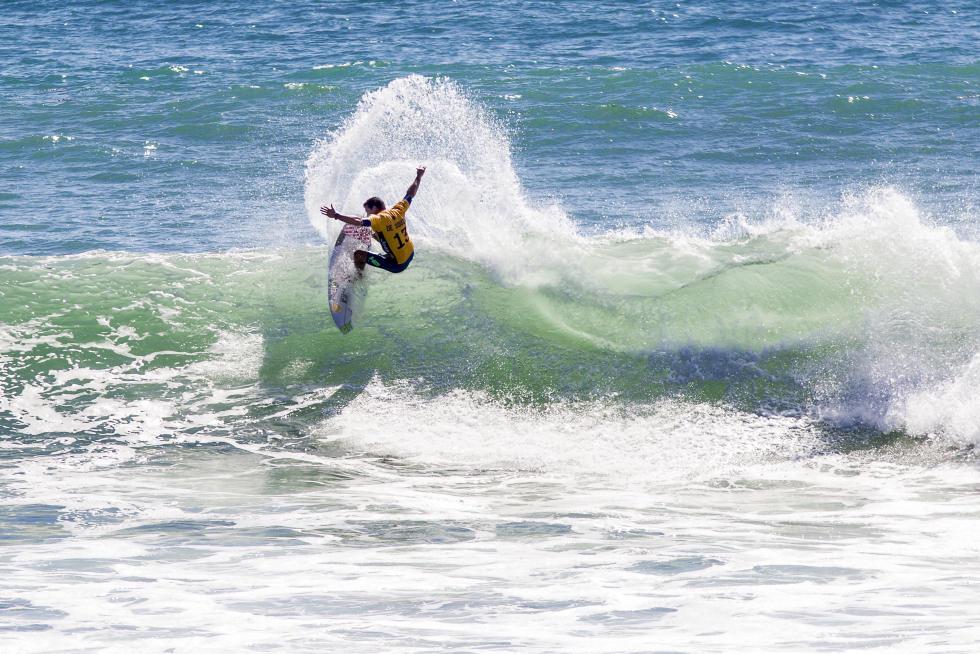 Adriano de Souza. Foto: WSL /Sean Rowland