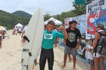 raul-reis-hang-loose-surf-attack-foto-munir-el-hage