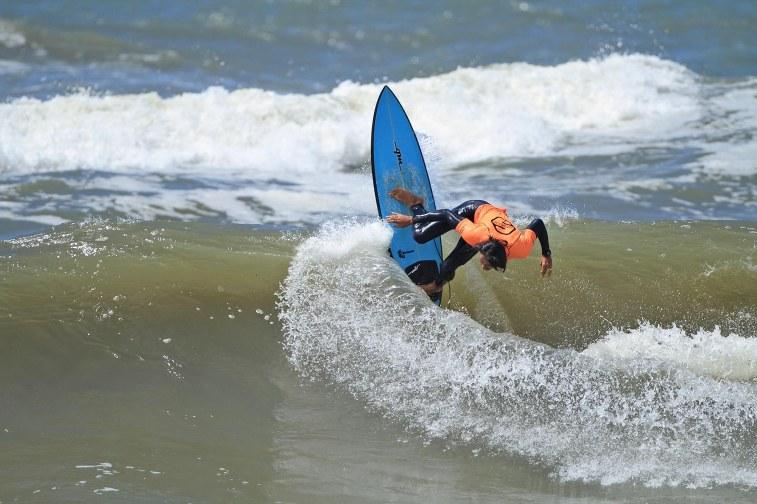 Eduardo Maia Surf Trip SP Contest Cambury Foto Munir El Hage2