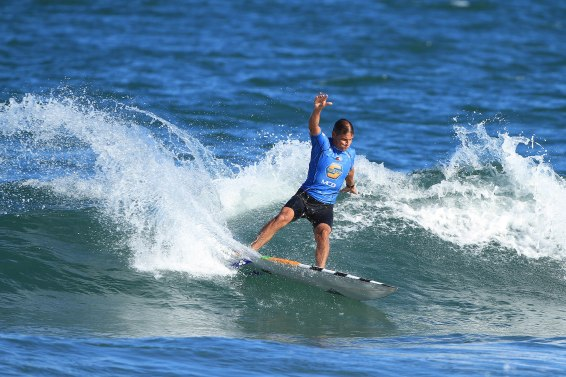 Oswaldo Domingues Surf Trip SP Contest Camburi Foto Munir El Hage.