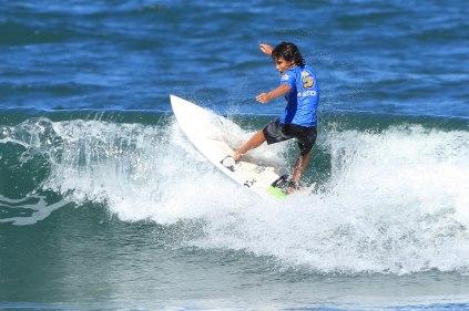 Philippe Neves Surf Trip SP Contest Camburi Foto Munir El Hage.