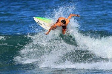 Thiago Meneses Surf Trip SP Contest Camburi Foto Munir El Hage.1
